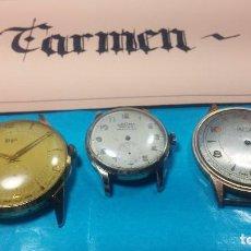 Relojes de pulsera: TRES RELOJES DE CUERDA PARA REPARAR O PIEZAS, LA MAQUINA DELBANA PARECE QUIERE ECHAR A ANDAR. Lote 103998211