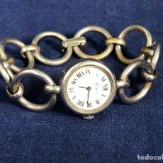Relojes de pulsera: RELOJ SEÑORA PULSERA METAL PLATEADO MARCA EPPO 17 DEWELS STAINLESS STEELBACK NO FUNCIONA 40 GR. Lote 113062439