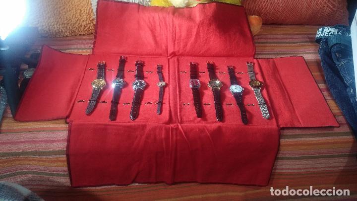 Relojes de pulsera: Botita cartera con reloj de cuerda Olma,los otros 7 relojes de cuerda que contiene se regalan - Foto 6 - 113733395