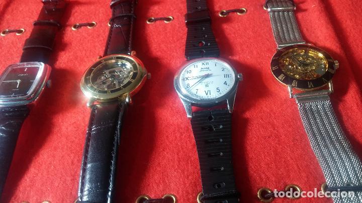 Relojes de pulsera: Botita cartera con reloj de cuerda Olma,los otros 7 relojes de cuerda que contiene se regalan - Foto 19 - 113733395
