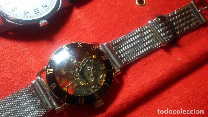 Relojes de pulsera: Botita cartera con reloj de cuerda Olma,los otros 7 relojes de cuerda que contiene se regalan - Foto 36 - 113733395