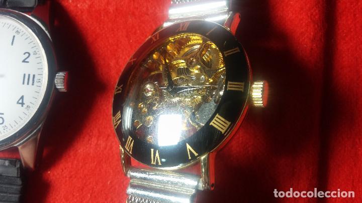 Relojes de pulsera: Botita cartera con reloj de cuerda Olma,los otros 7 relojes de cuerda que contiene se regalan - Foto 40 - 113733395