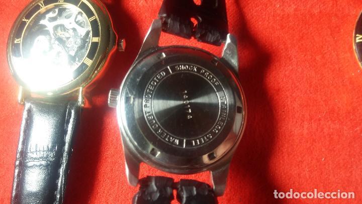 Relojes de pulsera: Botita cartera con reloj de cuerda Olma,los otros 7 relojes de cuerda que contiene se regalan - Foto 46 - 113733395