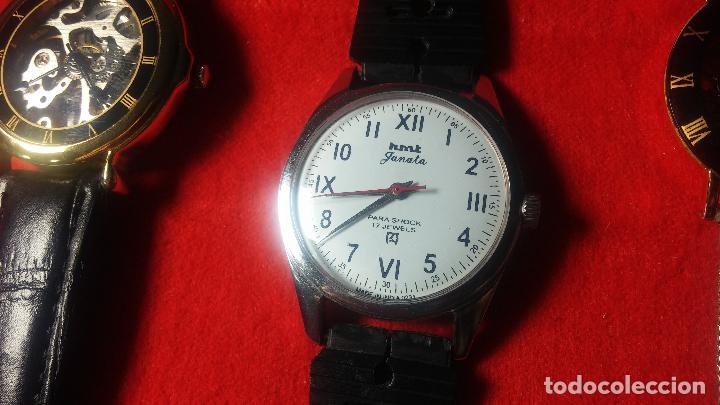 Relojes de pulsera: Botita cartera con reloj de cuerda Olma,los otros 7 relojes de cuerda que contiene se regalan - Foto 49 - 113733395