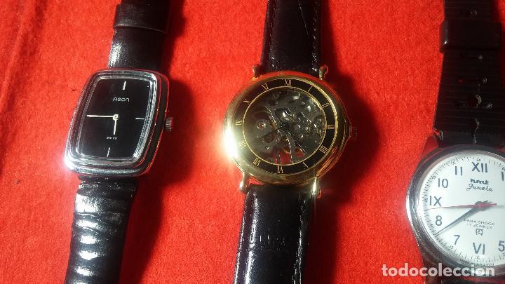 Relojes de pulsera: Botita cartera con reloj de cuerda Olma,los otros 7 relojes de cuerda que contiene se regalan - Foto 57 - 113733395