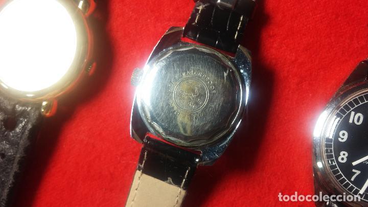 Relojes de pulsera: Botita cartera con reloj de cuerda Olma,los otros 7 relojes de cuerda que contiene se regalan - Foto 73 - 113733395