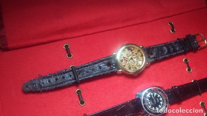 Relojes de pulsera: Botita cartera con reloj de cuerda Olma,los otros 7 relojes de cuerda que contiene se regalan - Foto 78 - 113733395