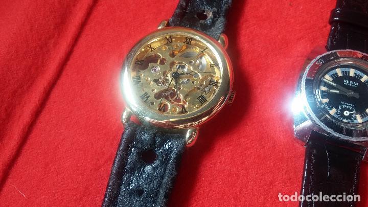 Relojes de pulsera: Botita cartera con reloj de cuerda Olma,los otros 7 relojes de cuerda que contiene se regalan - Foto 85 - 113733395