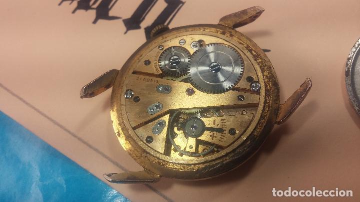 Relojes de pulsera: Muy antiguo reloj de cuerda ARCADIA, grande, para reparar o piezas, muy botito - Foto 13 - 117393943
