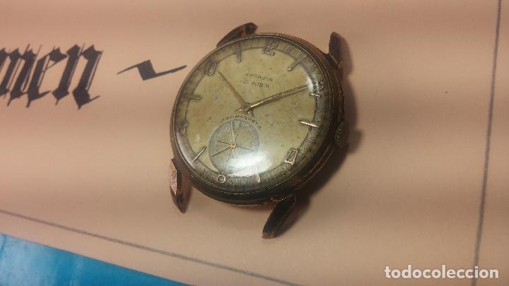 Relojes de pulsera: Muy antiguo reloj de cuerda ARCADIA, grande, para reparar o piezas, muy botito - Foto 26 - 117393943