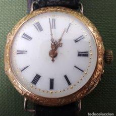 Relojes de pulsera: RELOJ ORO LABRADO DE 14 K PARA SEÑORA. TAPA TRASERA DE ORO ESMALTADO. SIGLO XX.. Lote 171332579