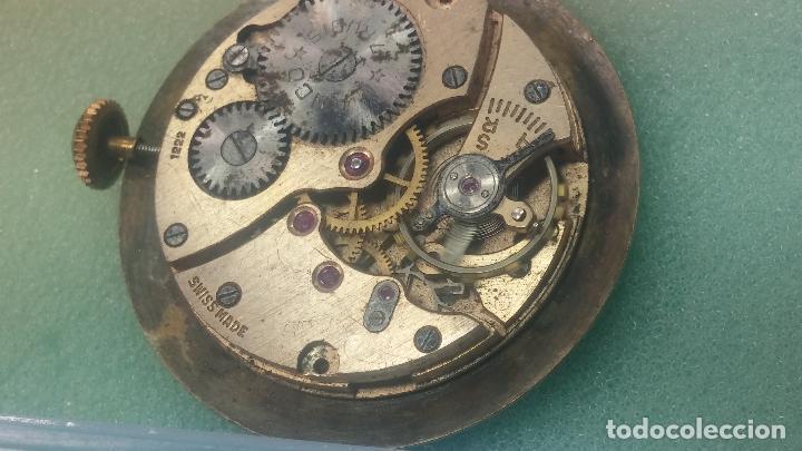 Relojes de pulsera: Botita Maquinaria de reloj de caballero LANCO, funciona muy bien, solo le falta la caja y cristal - Foto 13 - 121520455
