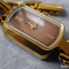 Relojes de pulsera: RELOJ MECANICO SEÑORA LUCH EPOCA SOVIETICA NUEVO EMBALAJE ORIGINAL. Lote 122096751