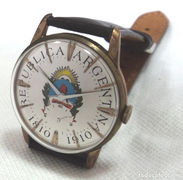 Relojes de pulsera: HERMOSO RELOJ ESFERA ESCUDO CONMEMORATIVO DEL CENTENARIO DE LA REPUBLICA ARGENTINA DIAMETRO 37MM - Foto 2 - 122996115