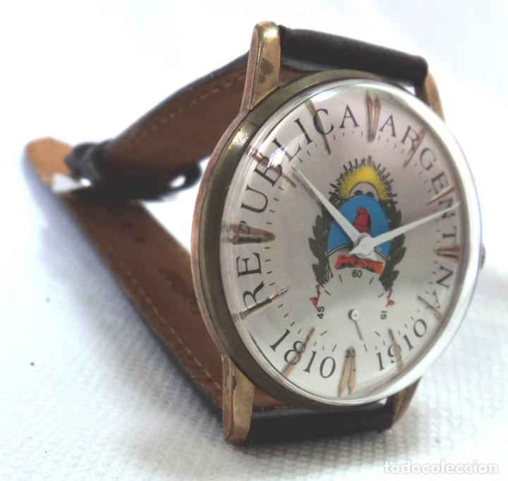 Relojes de pulsera: HERMOSO RELOJ ESFERA ESCUDO CONMEMORATIVO DEL CENTENARIO DE LA REPUBLICA ARGENTINA DIAMETRO 37MM - Foto 3 - 122996115