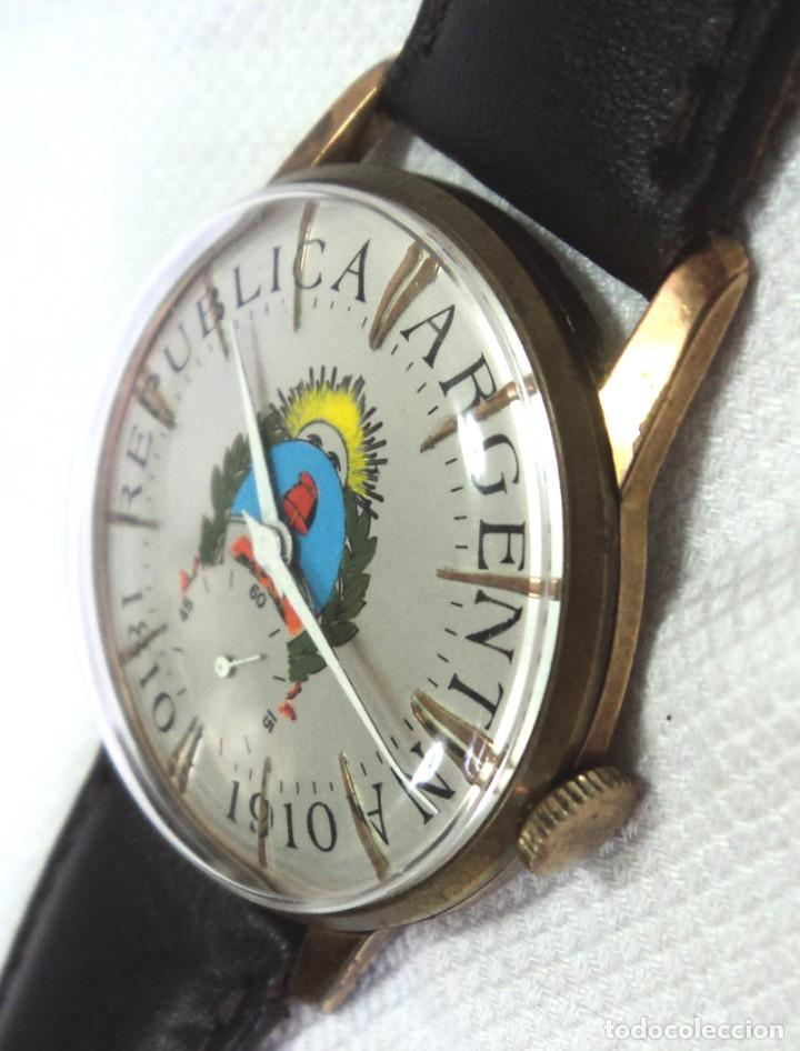 Relojes de pulsera: HERMOSO RELOJ ESFERA ESCUDO CONMEMORATIVO DEL CENTENARIO DE LA REPUBLICA ARGENTINA DIAMETRO 37MM - Foto 4 - 122996115