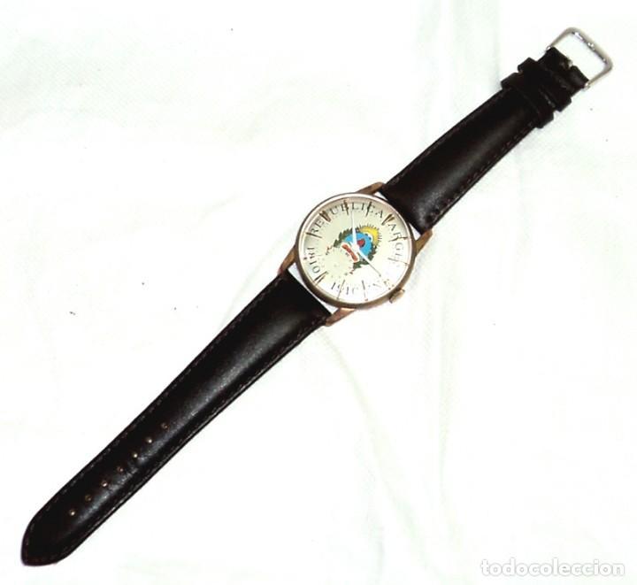 Relojes de pulsera: HERMOSO RELOJ ESFERA ESCUDO CONMEMORATIVO DEL CENTENARIO DE LA REPUBLICA ARGENTINA DIAMETRO 37MM - Foto 5 - 122996115