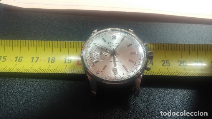 Relojes de pulsera: Botito y enorme reloj con una corona y dos pulsadores no se para qué, para reparar o para piezas - Foto 22 - 124239035