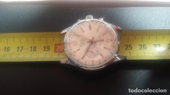 Relojes de pulsera: Botito y enorme reloj con una corona y dos pulsadores no se para qué, para reparar o para piezas - Foto 29 - 124239035