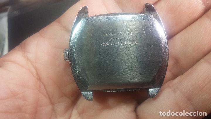 Relojes de pulsera: BOTITO, grande y curioso reloj digital antiguo de cuerda, para reparar o para piezas - Foto 5 - 124239231