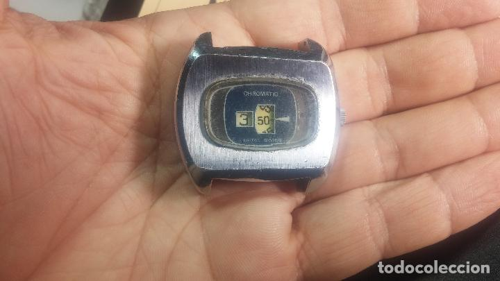 Relojes de pulsera: BOTITO, grande y curioso reloj digital antiguo de cuerda, para reparar o para piezas - Foto 8 - 124239231