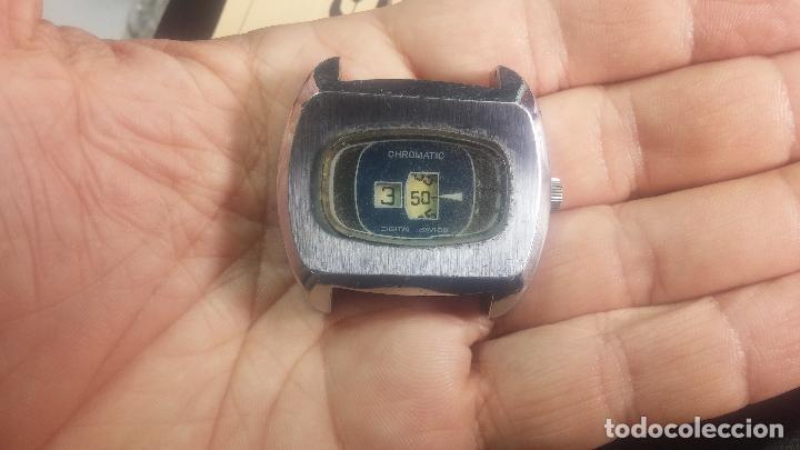 Relojes de pulsera: BOTITO, grande y curioso reloj digital antiguo de cuerda, para reparar o para piezas - Foto 9 - 124239231