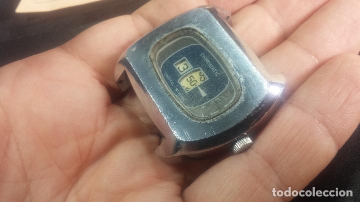 Relojes de pulsera: BOTITO, grande y curioso reloj digital antiguo de cuerda, para reparar o para piezas - Foto 11 - 124239231