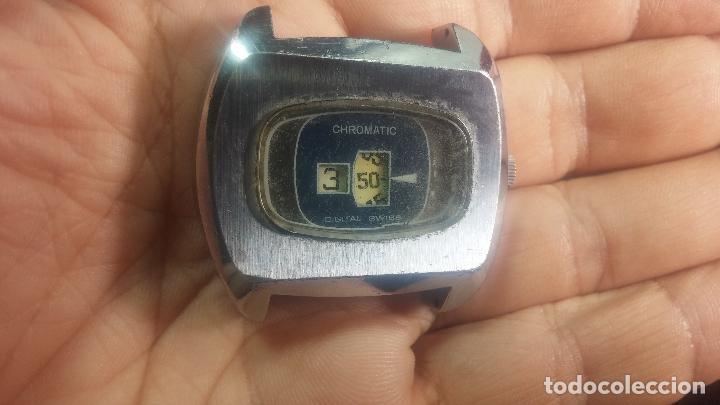 Relojes de pulsera: BOTITO, grande y curioso reloj digital antiguo de cuerda, para reparar o para piezas - Foto 13 - 124239231