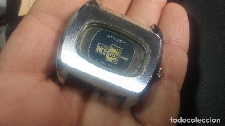 Relojes de pulsera: BOTITO, grande y curioso reloj digital antiguo de cuerda, para reparar o para piezas - Foto 15 - 124239231
