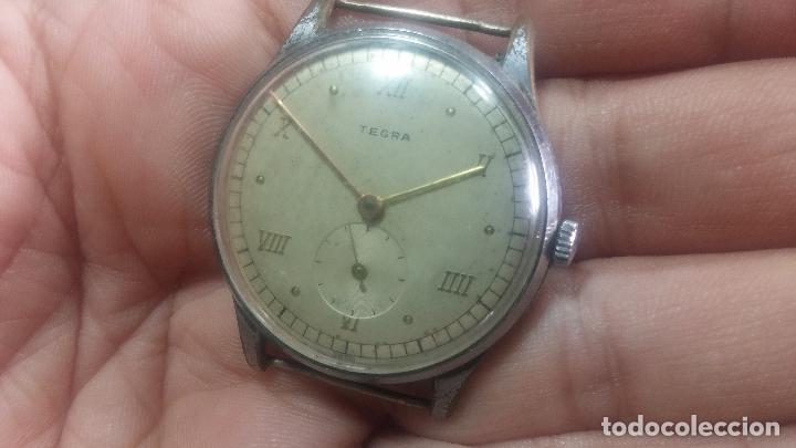 Relojes de pulsera: Botito y grande reloj TEGRA para reparar o para piezas. - Foto 10 - 124239283