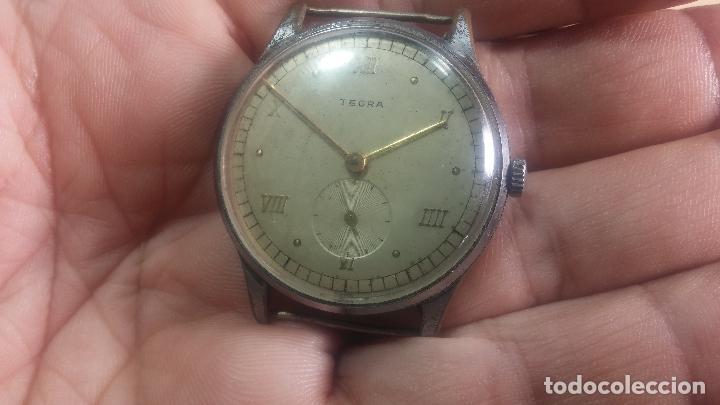 Relojes de pulsera: Botito y grande reloj TEGRA para reparar o para piezas. - Foto 14 - 124239283
