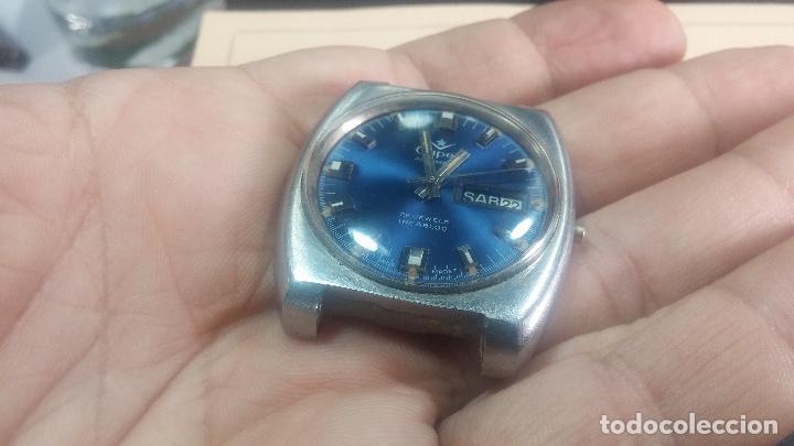 Relojes de pulsera: Botito y grande reloj CLIPER con botita esfera azul marine, para reparar o para piezas. - Foto 2 - 124239335