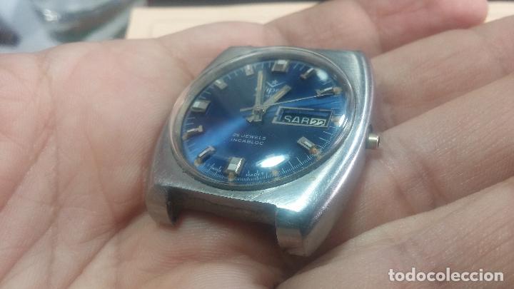 Relojes de pulsera: Botito y grande reloj CLIPER con botita esfera azul marine, para reparar o para piezas. - Foto 3 - 124239335