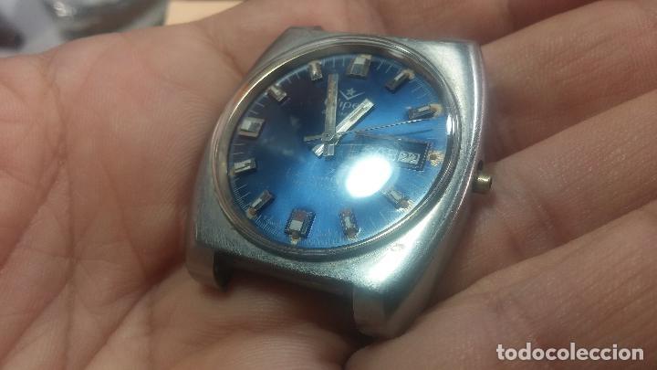 Relojes de pulsera: Botito y grande reloj CLIPER con botita esfera azul marine, para reparar o para piezas. - Foto 4 - 124239335