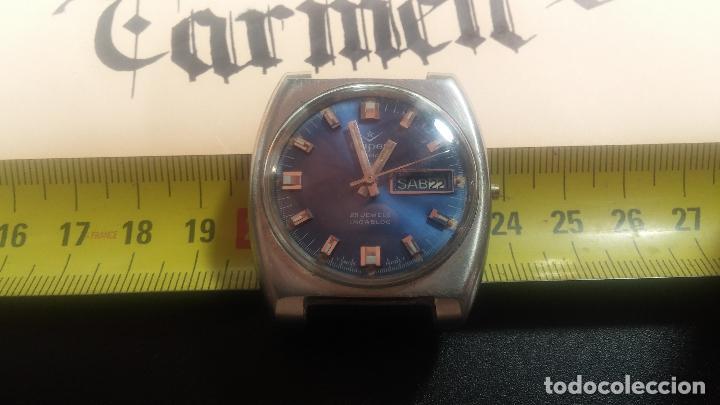 Relojes de pulsera: Botito y grande reloj CLIPER con botita esfera azul marine, para reparar o para piezas. - Foto 30 - 124239335