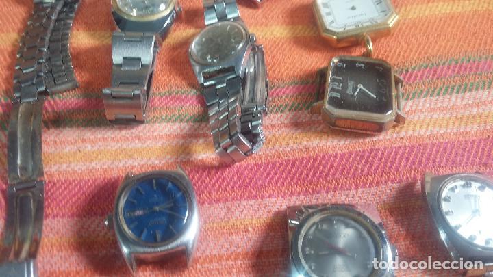Relojes de pulsera: Botito lote relojero de reloj o relojes variados antiguos para reparar o piezas - Foto 20 - 124339695