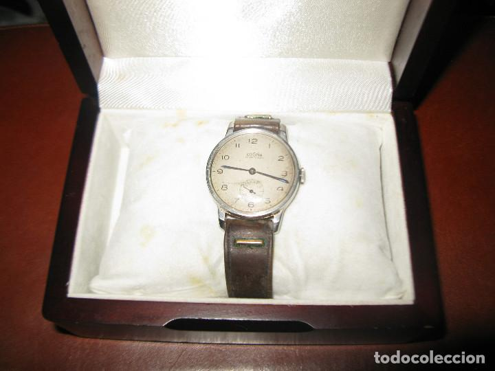 RELOJ ANTIGUO DOGMA FUNCIONANDO TAMAÑO ESFERA 34 MM CON SU CAJA DE MADERA (Relojes - Pulsera Carga Manual)