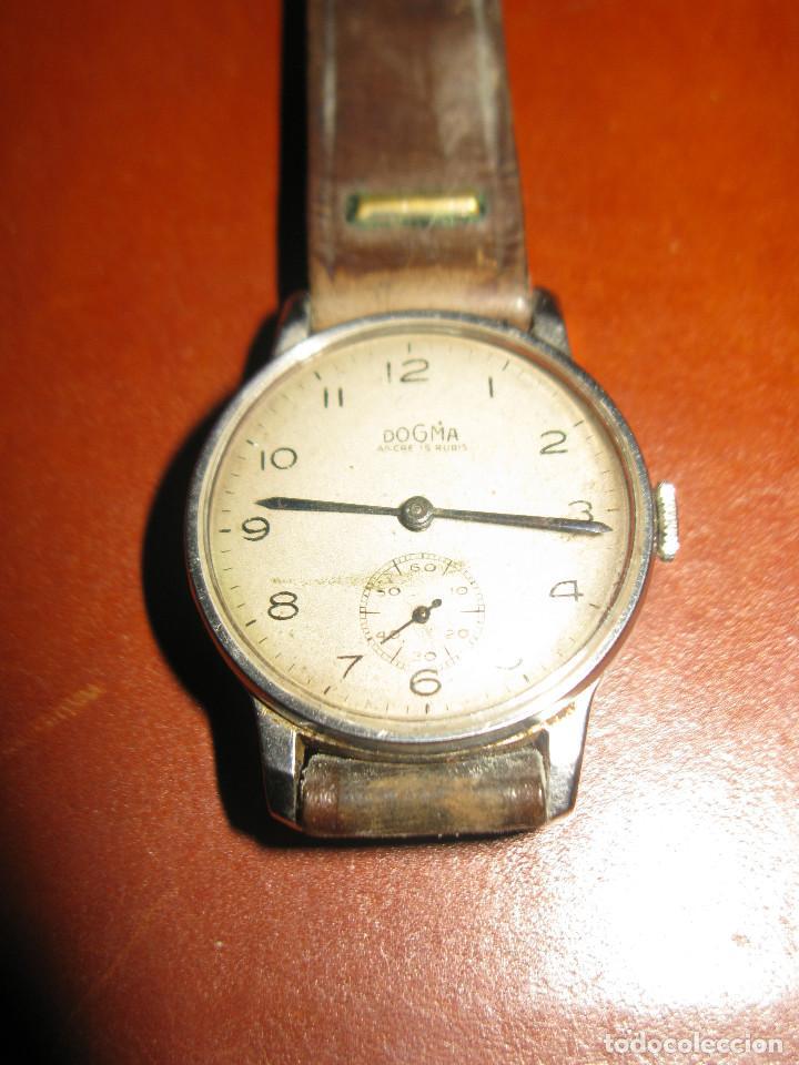 Relojes de pulsera: reloj antiguo dogma funcionando tamaño esfera 34 mm con su caja de madera - Foto 2 - 130871648