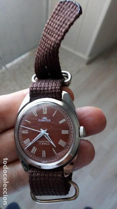 Relojes de pulsera: VINTAGE RELOJ DEPORTIVO SUIZO FORTÍS IMITACIÓN MADERA INTERIOR NUEVO. - Foto 4 - 134372798