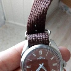 Relojes de pulsera: VINTAGE RELOJ DEPORTIVO SUIZO FORTÍS IMITACIÓN MADERA INTERIOR NUEVO.. Lote 134372798