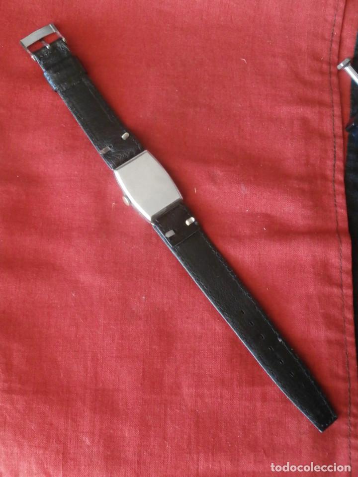 Relojes de pulsera: antiguo reloj alemán de pulsera a cuerda manual mecánica de la marca ERMI años 1940 1950 y funciona - Foto 4 - 137186170