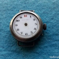 Relojes de pulsera: RELOJ MUY ANTIGUO CON ASAS FIJAS Y CAJA DE PLATA. Lote 137191006
