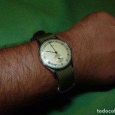 Relojes de pulsera: PRECIOSO RELOJ CYRUS REVUE MILITAR CALIBRE 77 RARO FUNCIONANDO AÑOS 40. Lote 137464666