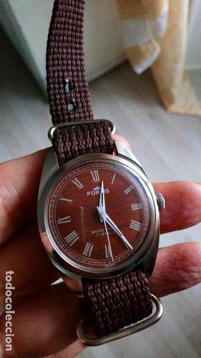 BONITO RELOJ VINTAGE SUIZO FORTIS IMITACIÓN MADERA NUEVO. (Relojes - Pulsera Carga Manual)