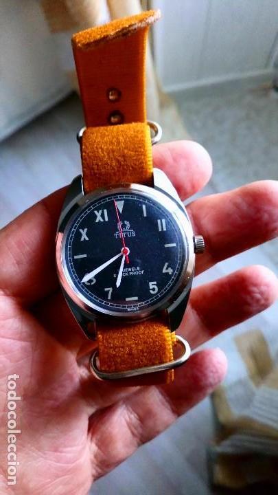 BONITO RELOJ VINTAGE SUIZO TITUS DEPORTIVO NUEVO. (Relojes - Pulsera Carga Manual)