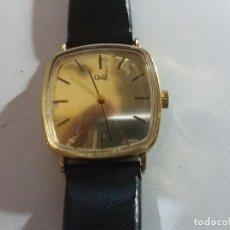 Relojes de pulsera: RELOJ Q Q DE CUERDA, FUNCIONA, DE HOMBRE, 32 MM S.C.C. VINTAGE NO FUNCIONA.. Lote 195540226