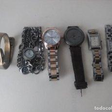 Relojes de pulsera: 6 RELOJES VARIADOS FALTAN PILAS Y REPASO. Lote 143807786