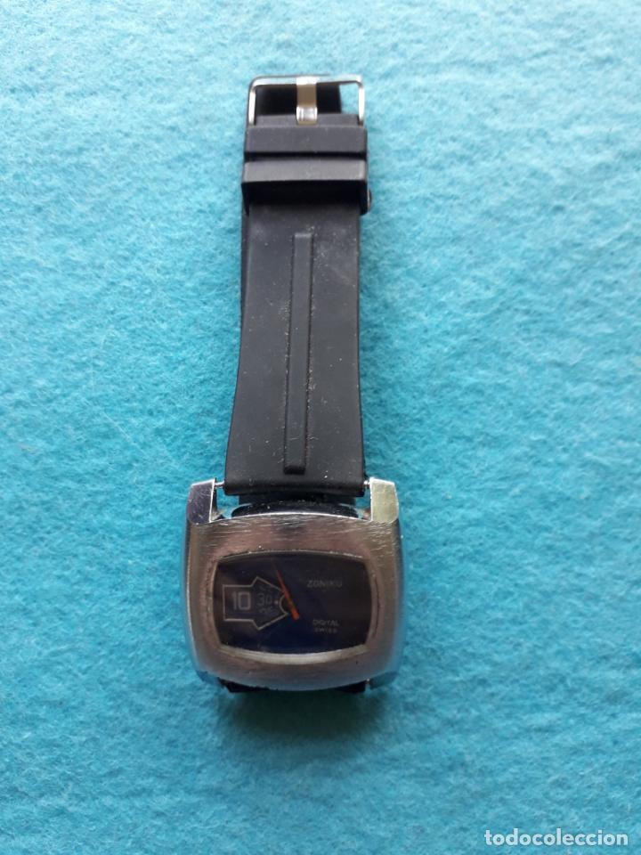 Relojes de pulsera: Reloj digital mecánico antiguo. Marca Zoniku de caballero - Foto 2 - 146101538