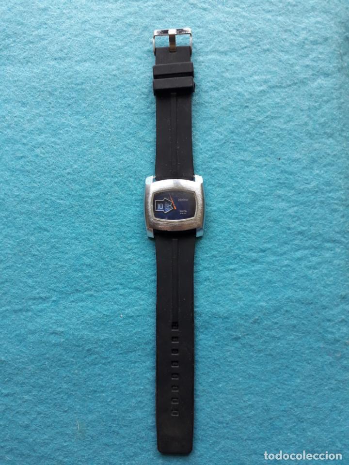 Relojes de pulsera: Reloj digital mecánico antiguo. Marca Zoniku de caballero - Foto 8 - 146101538