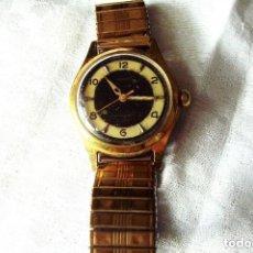 Relojes de pulsera: RELOJ DE CUERDA CAPITAL, BENRUS, FUNCIONANDO, BAÑO DE ORO MARCADO EN LA CORREA, FUNCIONANDO.. Lote 147172426